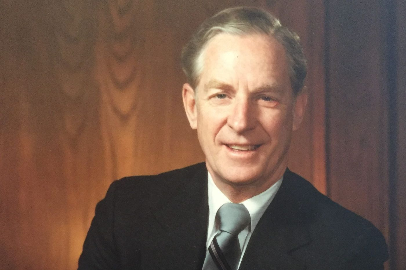 Joseph J. Gerngross, 93, leader in contracting business and the Catholic community