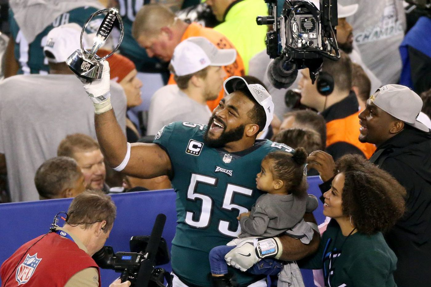 What's holding up Brandon Graham's new contract Eagles contract? | Jeff McLane