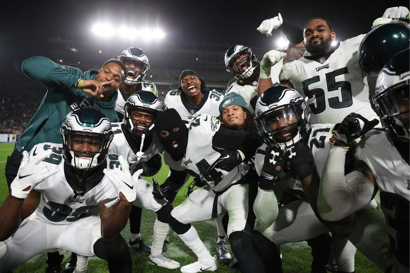 Why the Eagles wear a ski mask; no déjà vu for Nick Foles; why Birds didn't practice | Early Birds
