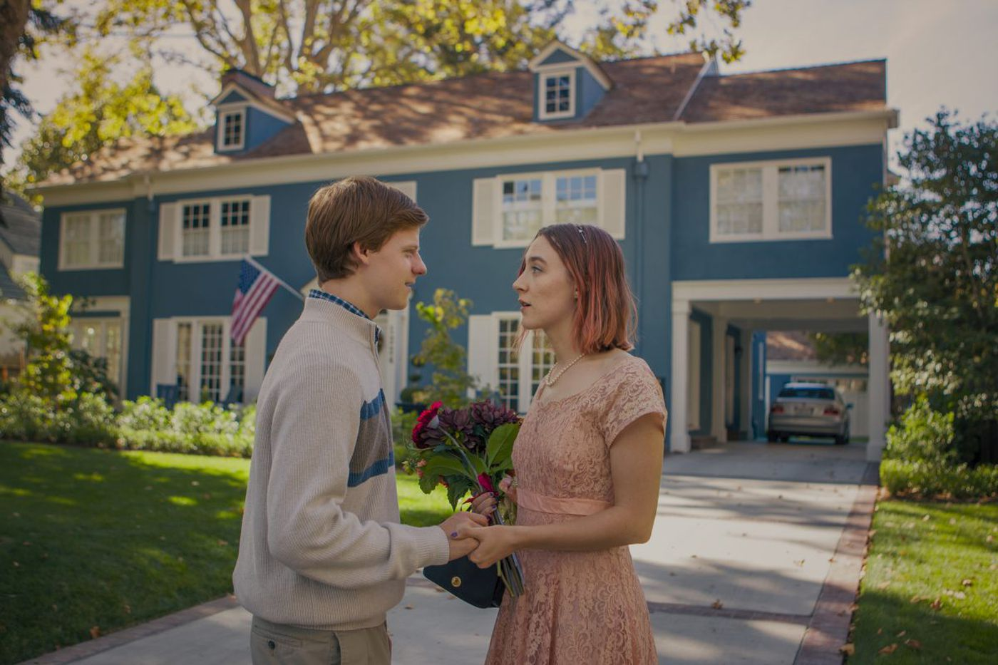 How does a girl survive high school in the funny, touching 'Lady Bird?' By winging it.