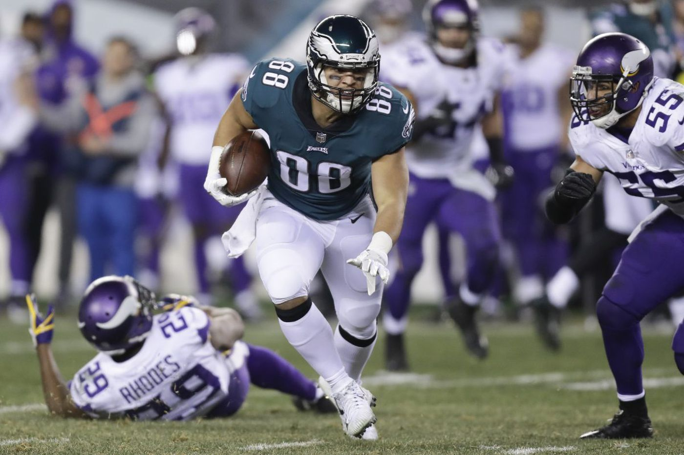 Former Eagle Trey Burton runs Philly Special for Phillies en route to Chicago   Marcus Hayes
