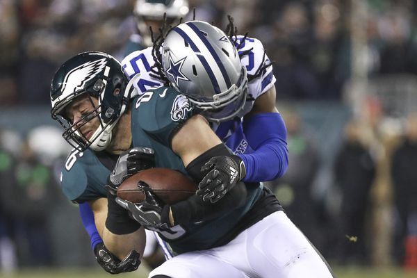 Eagles' Zach Ertz returns to practice in limited fashion; Jalen Mills set to play against Seahawks