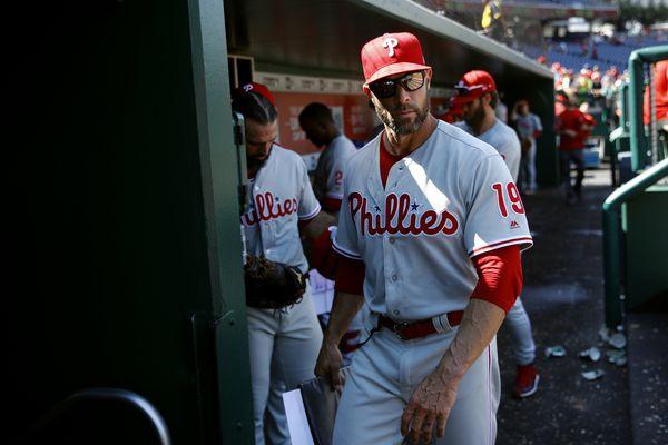 Matt Klentak defends Gabe Kapler's handling of Phillies' lapses in hustle
