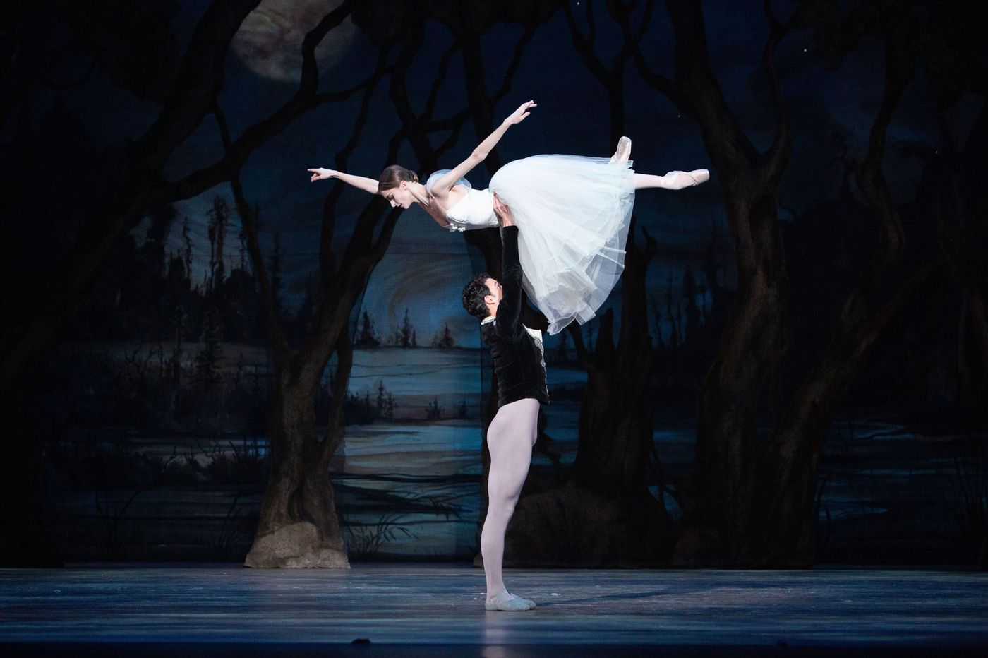 Pennsylvania Ballet's lovely 'Giselle' is more classic than it is Corella