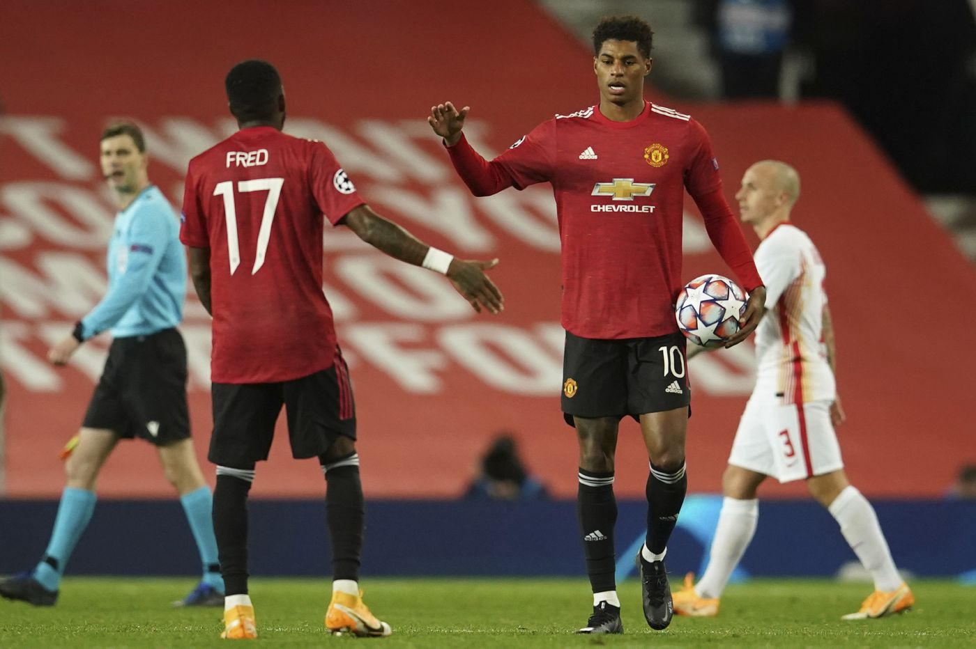 Soccer on TV: Manchester United vs. Arsenal, Sam Mewis and Rose Lavelle in FA Cup final
