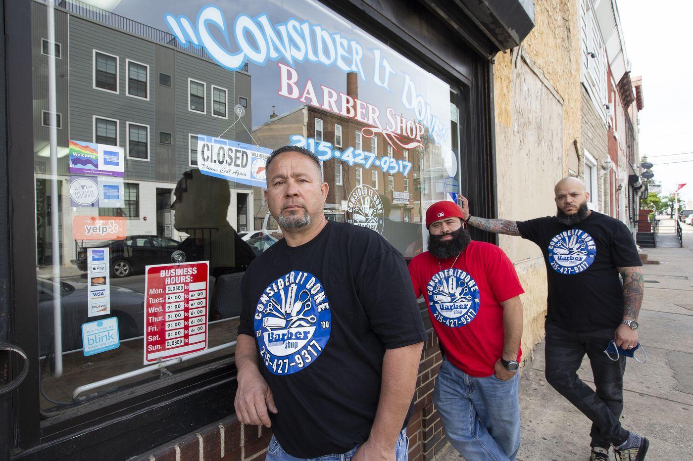 Local barbers say the mandatory coronavirus shutdowns have only created Prohibition 2.0 | Helen Ubiñas