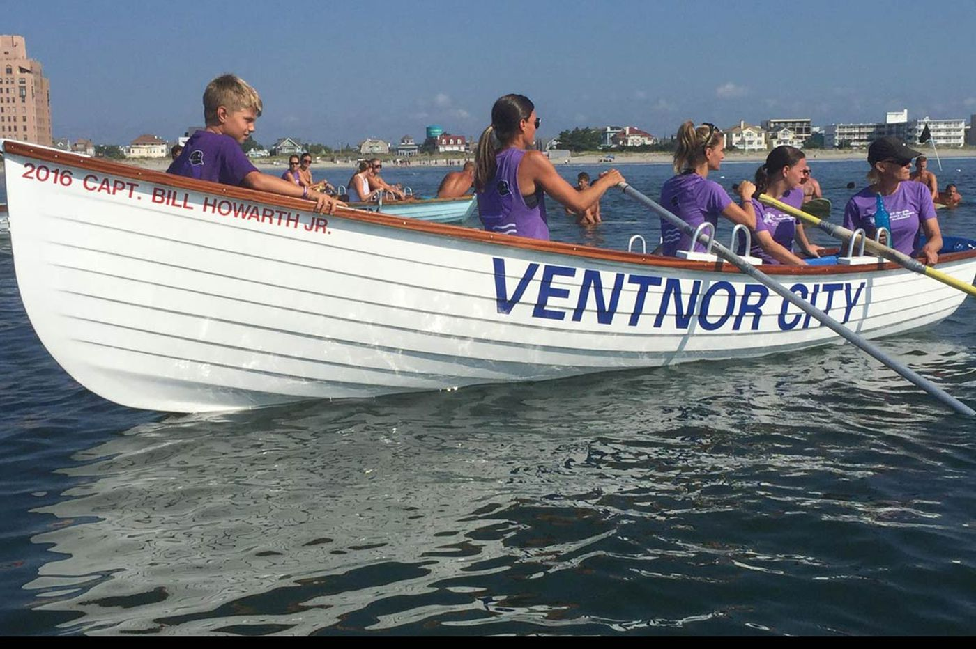 Ventnor lifeguards paddle out to say goodbye to one of their own