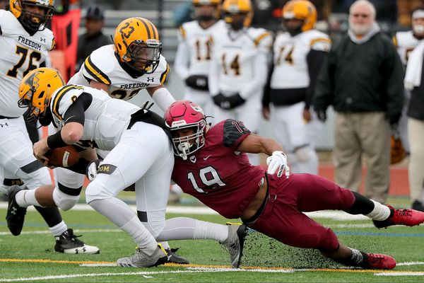 St. Joe's Prep beats Bethlehem Freedom in PIAA Class 6A state quarterfinals behind Myles Talley's smothering defense