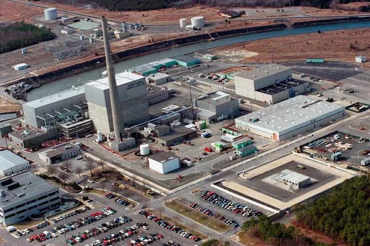 Exelon Corp.'s Oyster Creek reactor in Ocean County, N.J., shown in this aerial photo, is scheduled to retire in 2019.