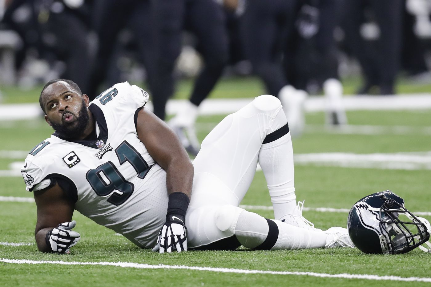 Eagles defensive line fights through injuries, but comes up short in tough playoff loss to Saints