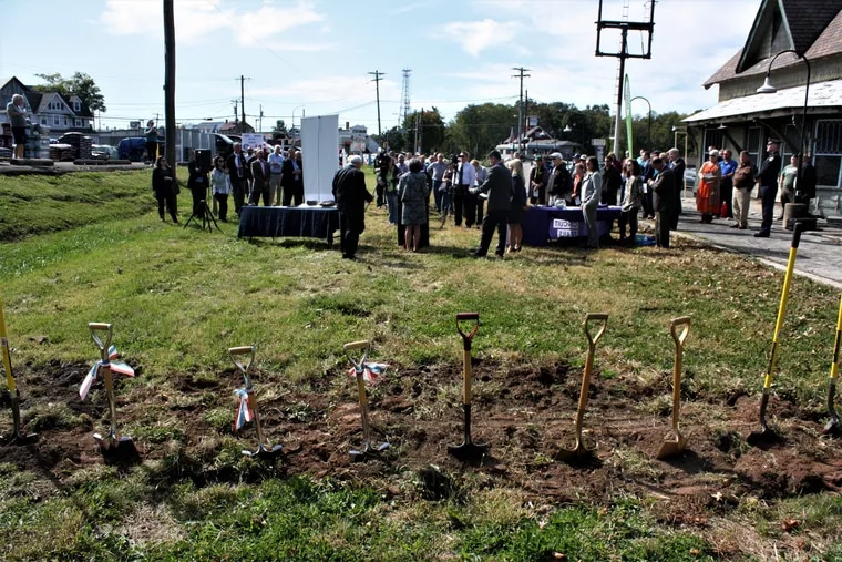 A groundbreaking ceremony was held in Upper Southampton to start on a new rails-to-trails path.