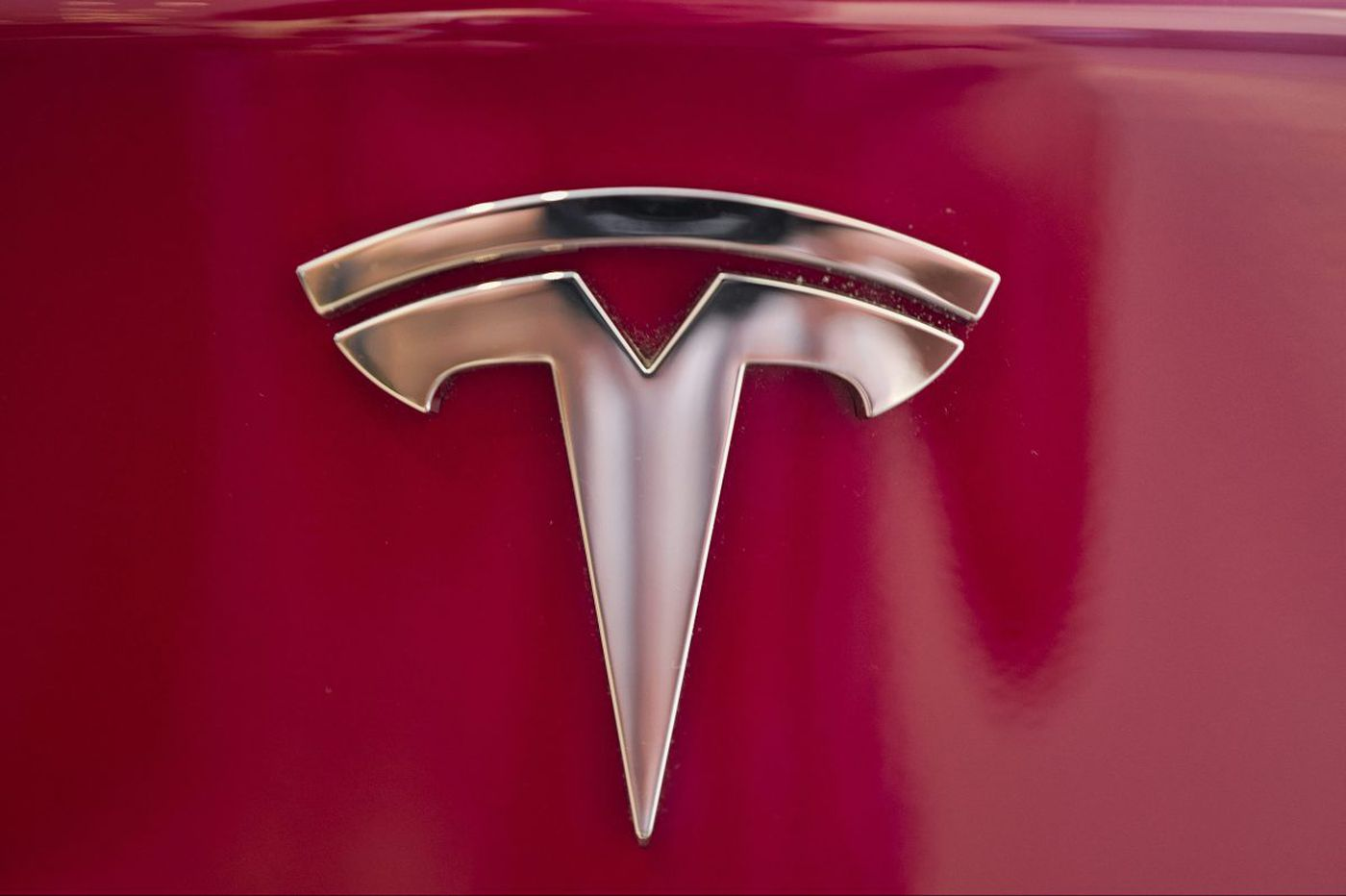 Musk elevates a little-known fixer to steer Tesla past drama