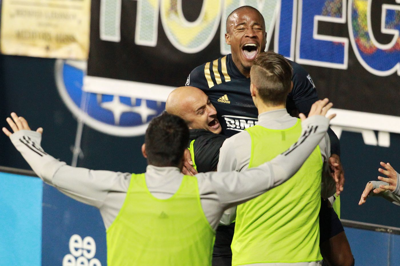 Sergio Santos' hat trick leads Union to 5-0 rout of Toronto FC and first place in the Eastern Conference
