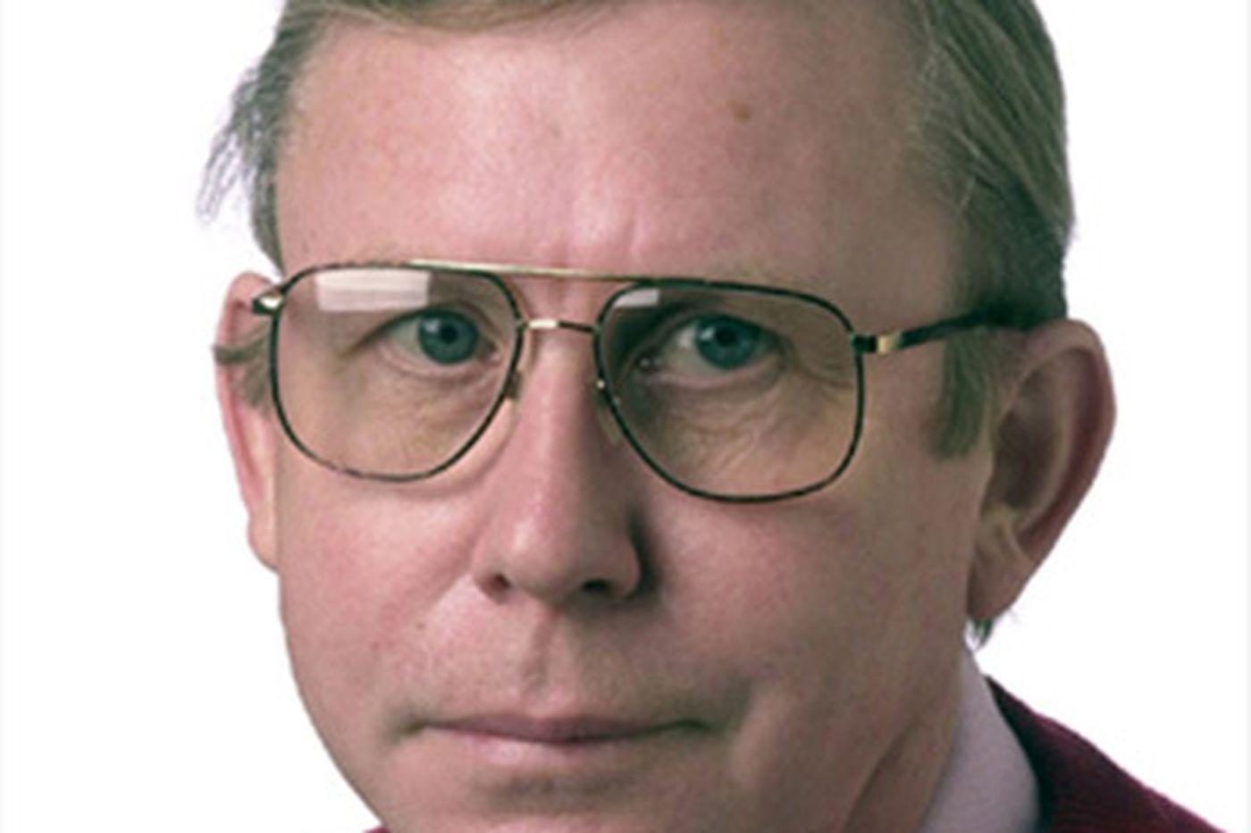 Desmond Ryan, 68, longtime Inquirer critic