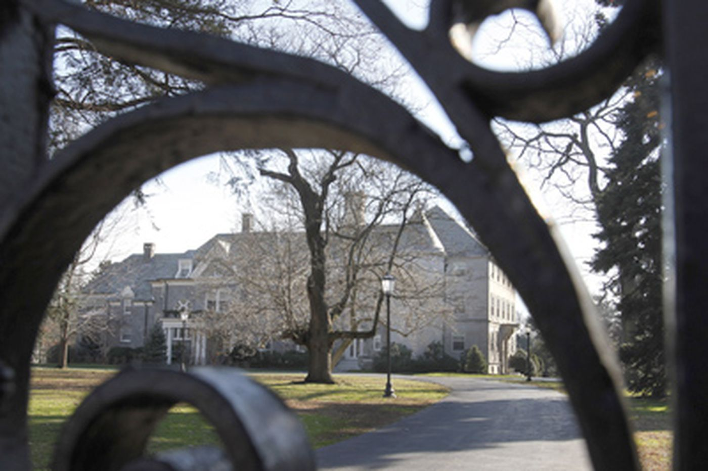Archdiocese plans to sell city mansion