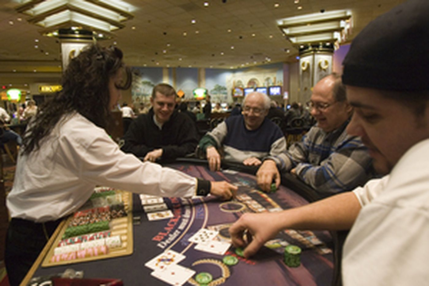 A.C. casinos continue to lose cash to Pa.'s slots