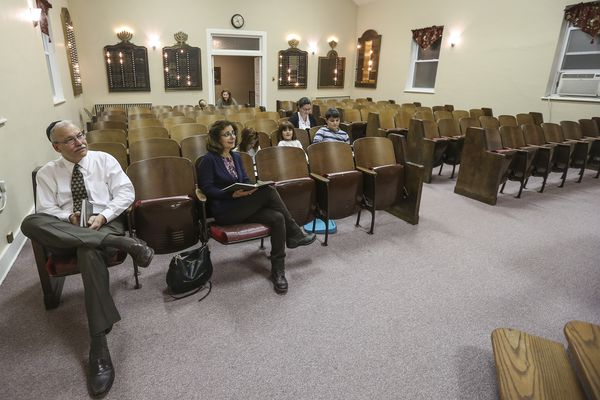 In rural Pennsylvania, shrinking synagogues find strength in smaller numbers