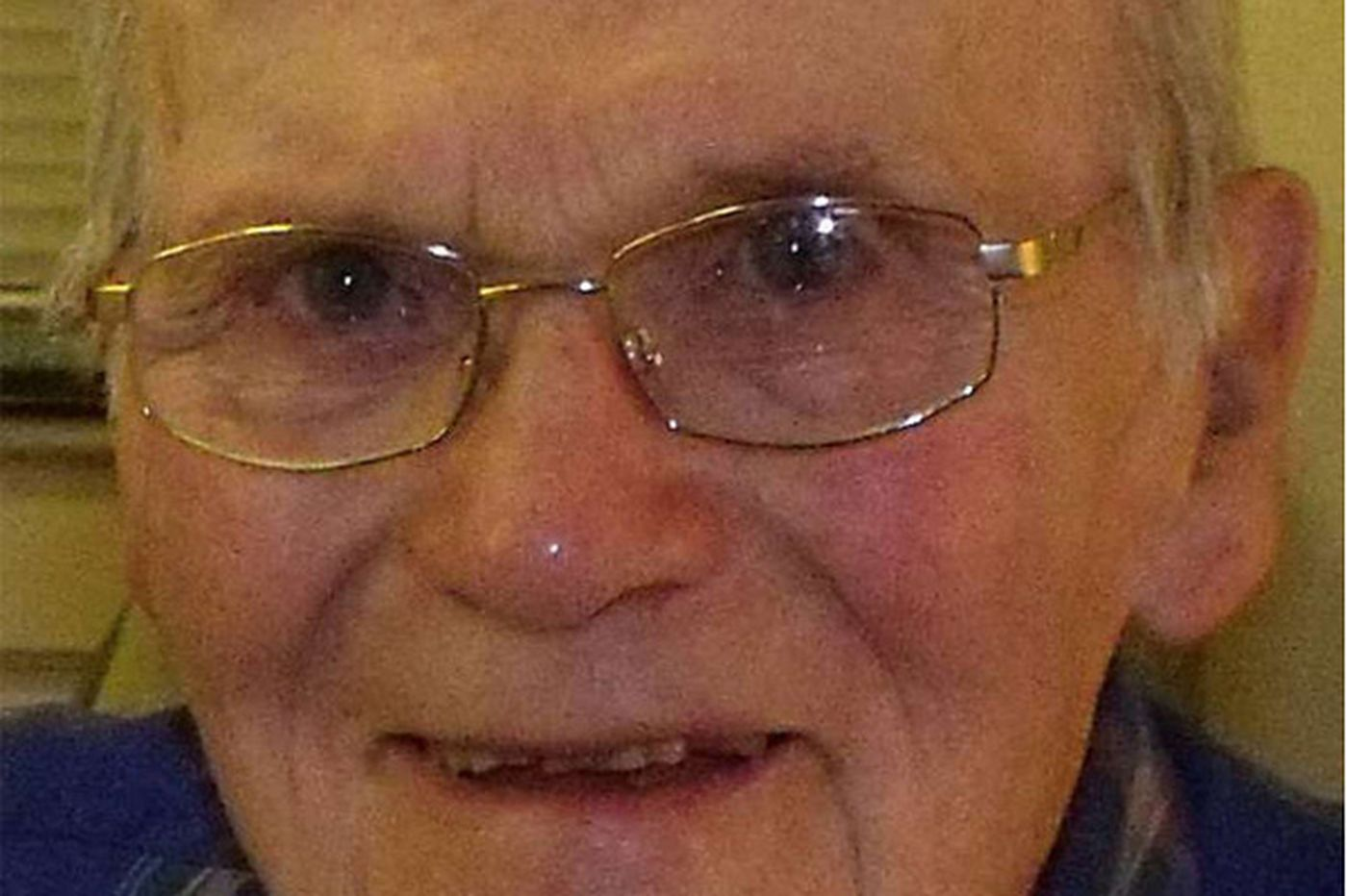 Albert C. Toll, 93, former grain and feed firm executive