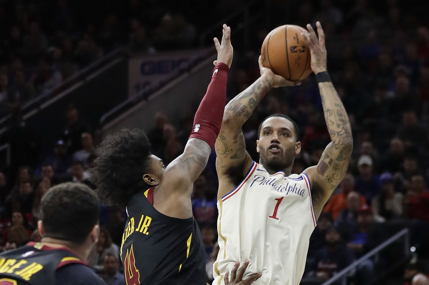 Sixers' Mike Scott delivers vs. Cleveland Cavaliers in first start this season