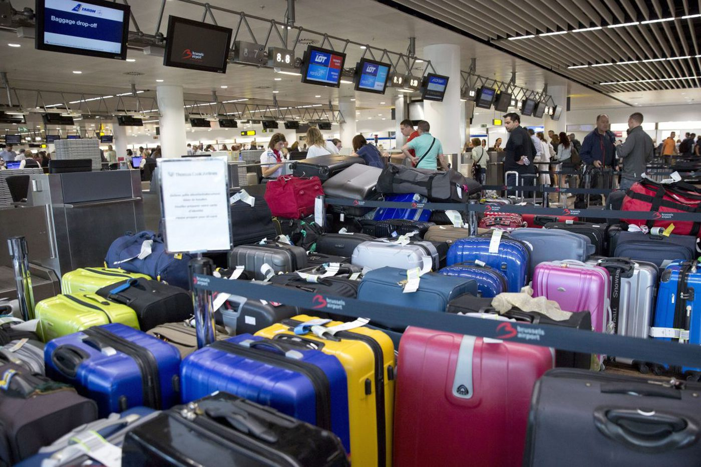 35b031e8e American Airlines promises to find your bags