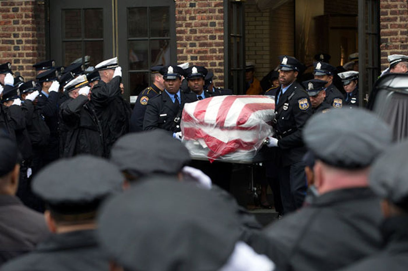 Most Philly police officers are silent heroes   Christine Flowers