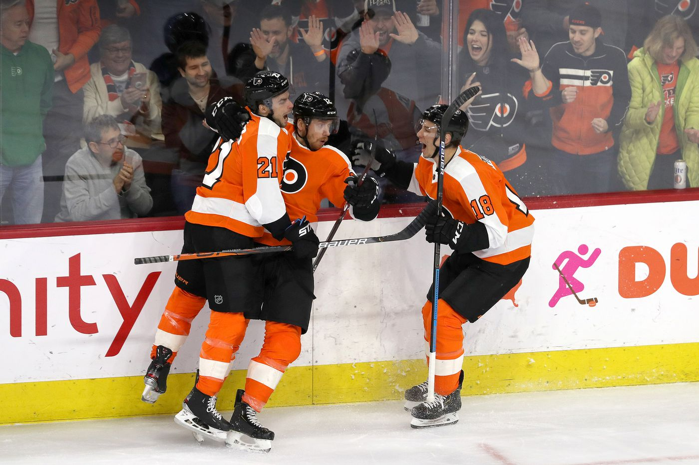 Forward depth, a famous horse, and other observations from the Flyers' 4-1 win over the Hurricanes | Mike Sielski