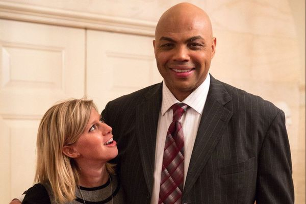 Charles Barkley was star-struck before interviewing President Obama. A stenographer from Narberth calmed him down