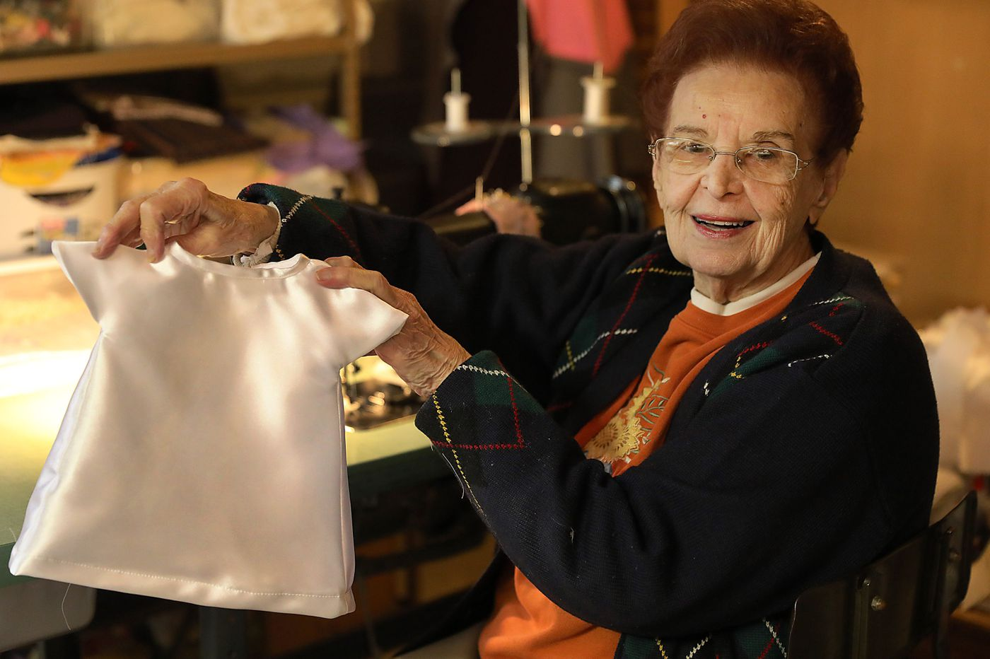 'Angel' outfits offer final tributes for babies