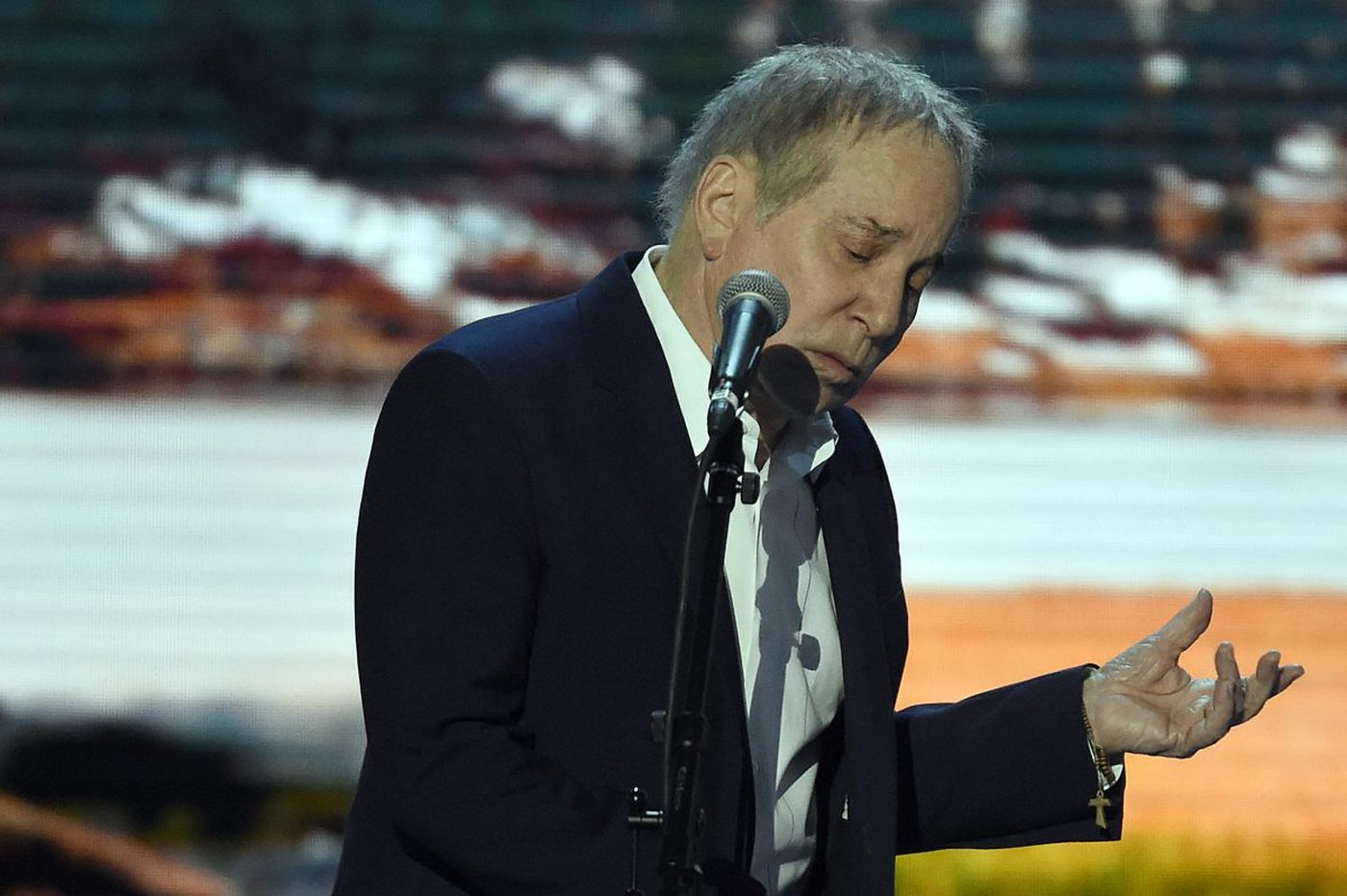Paul Simon will play Philly for the last time this summer