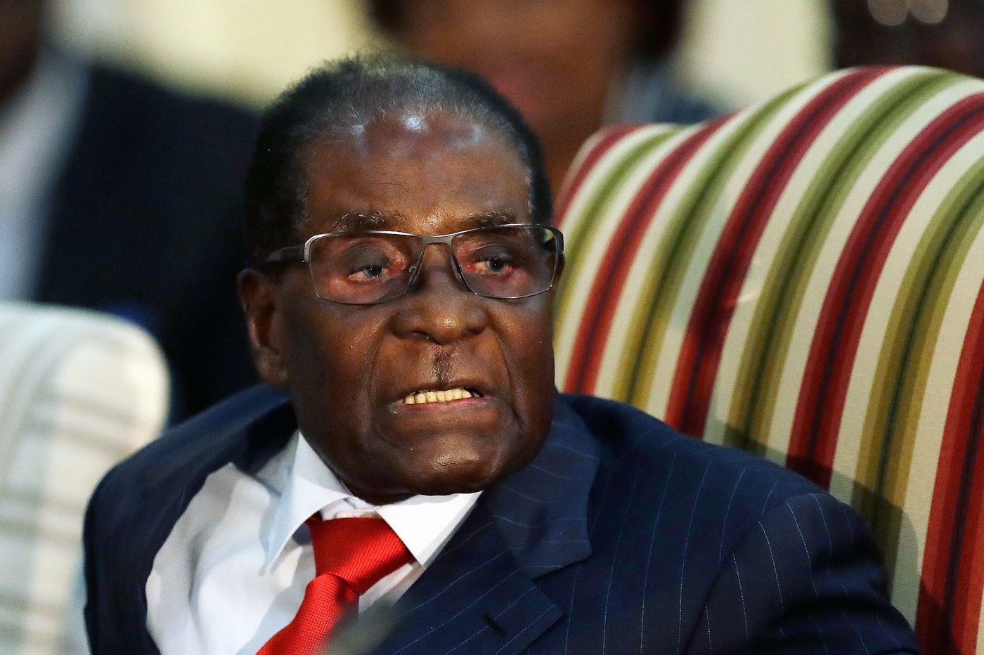 Robert Mugabe, Zimbabwean leader who helped liberate and destroy his country, dies at 95