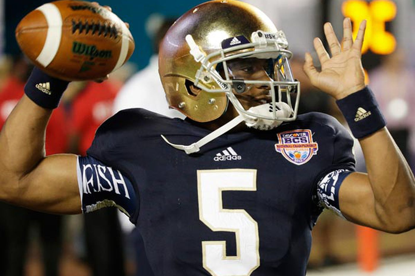 Sports in Brief: Notre Dame bans starting QB Golson