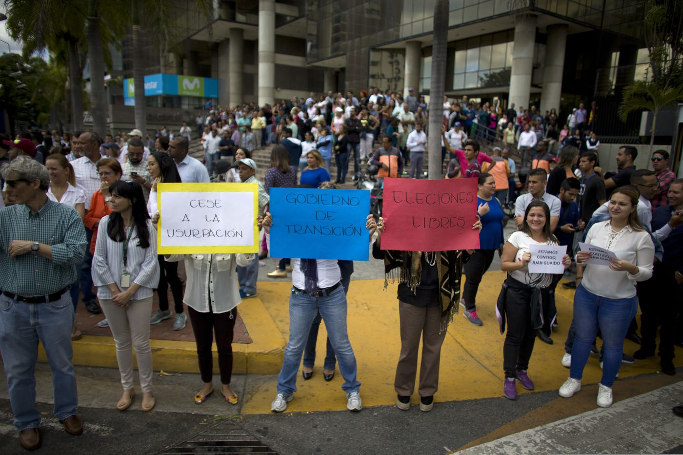 The dangerous privilege of those who want the U.S. to stay out of Venezuela | Opinion