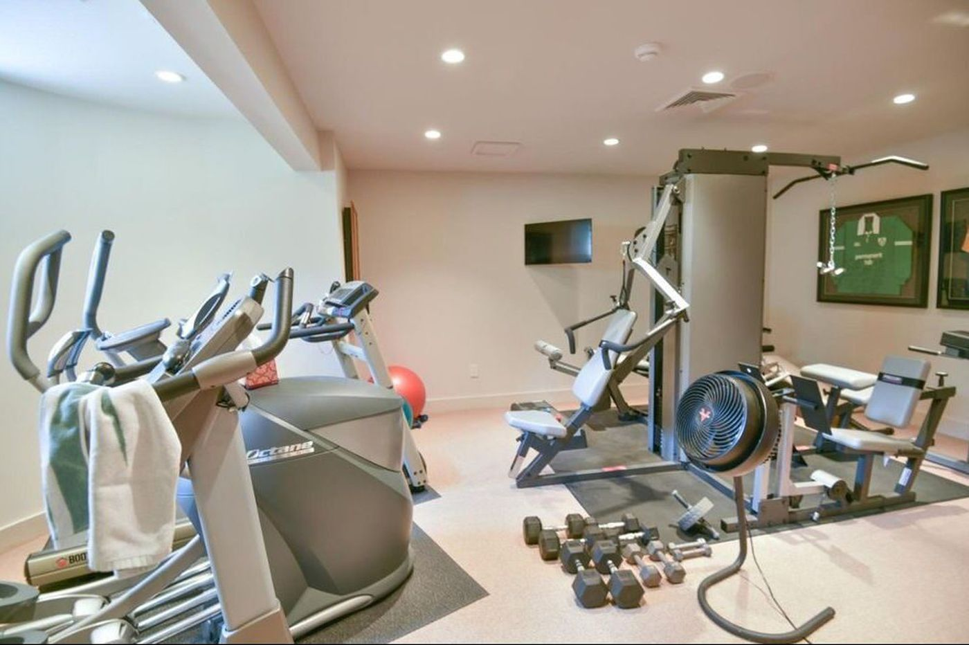 Home gyms in Philly suburbs so nice that you'd keep your New Year's resolutions