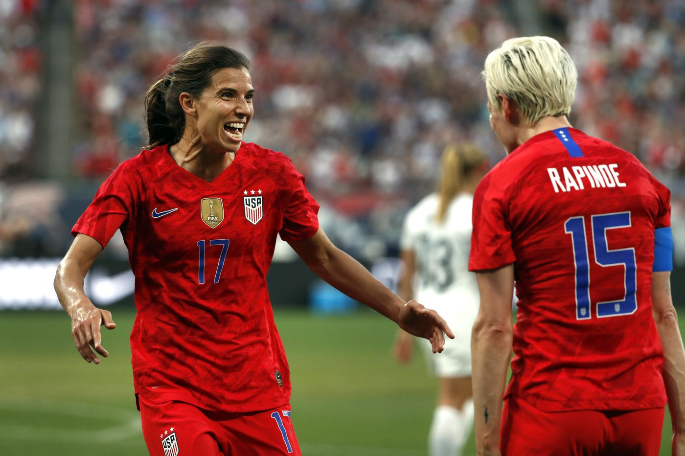 91948e49a Carli Lloyd continues USWNT scoring streak in 5-0 win over New Zealand