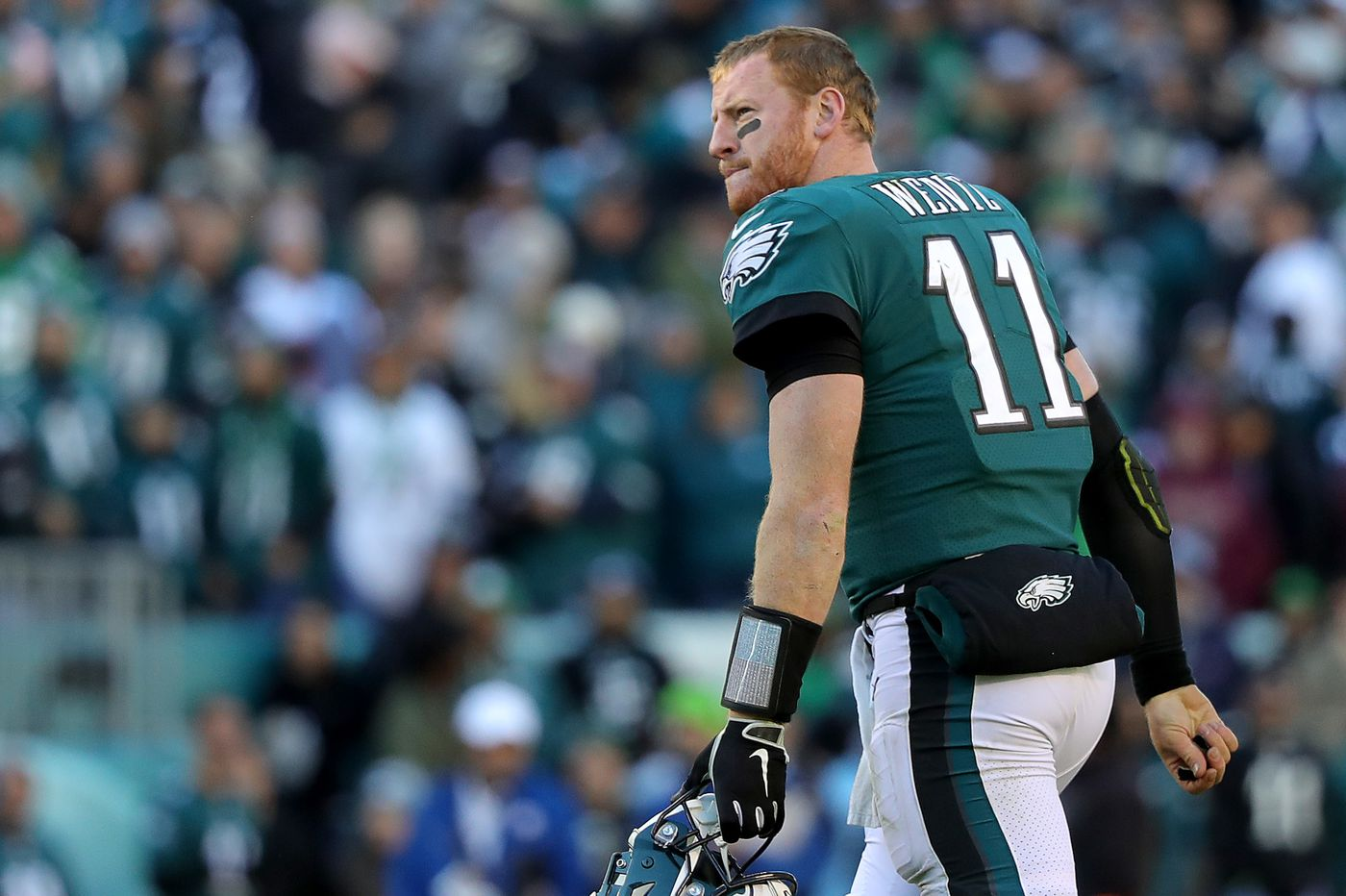 In loss to Panthers, it's panic on Pattison Ave. for Eagles | Bob Ford