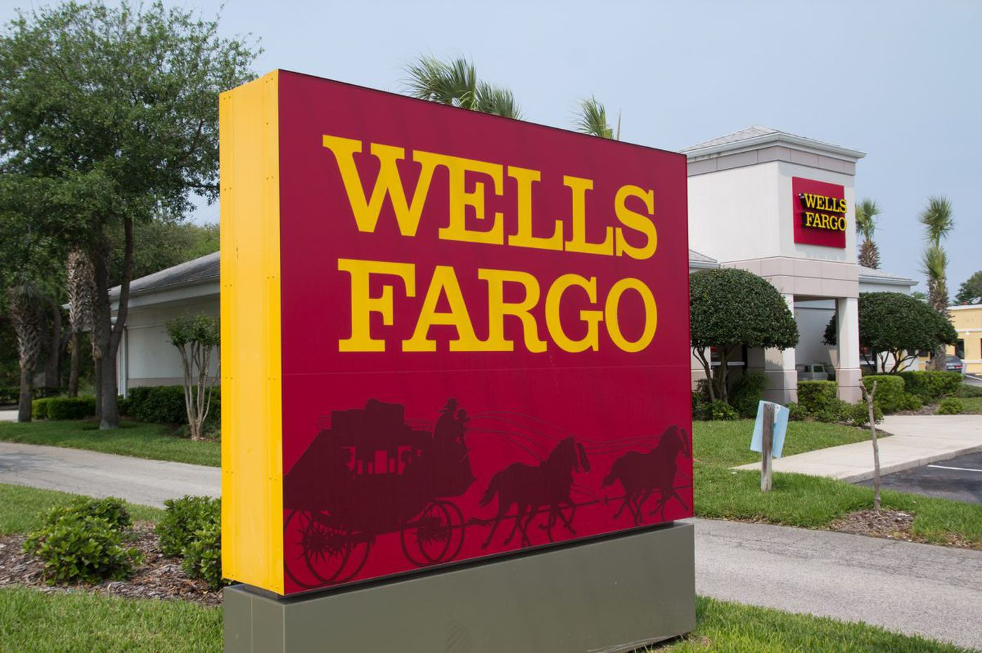 Wells Fargo shakes up Philly bosses in national purge