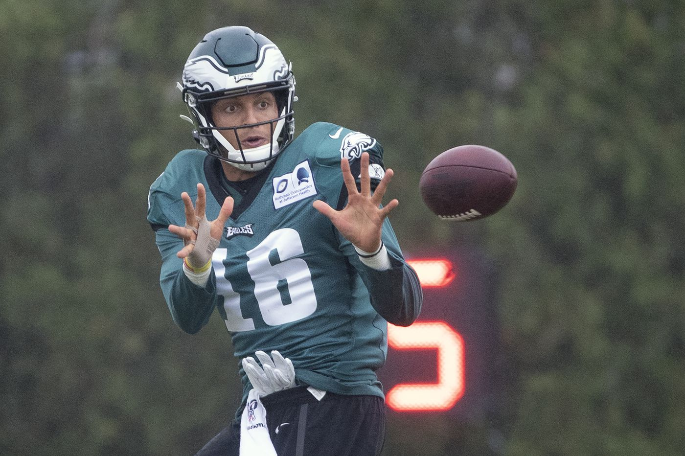 Mack Hollins just one brick in Eagles' sagging roster wall | Bob Ford
