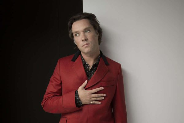 Rufus Wainwright will play with Philly Pops on Friday