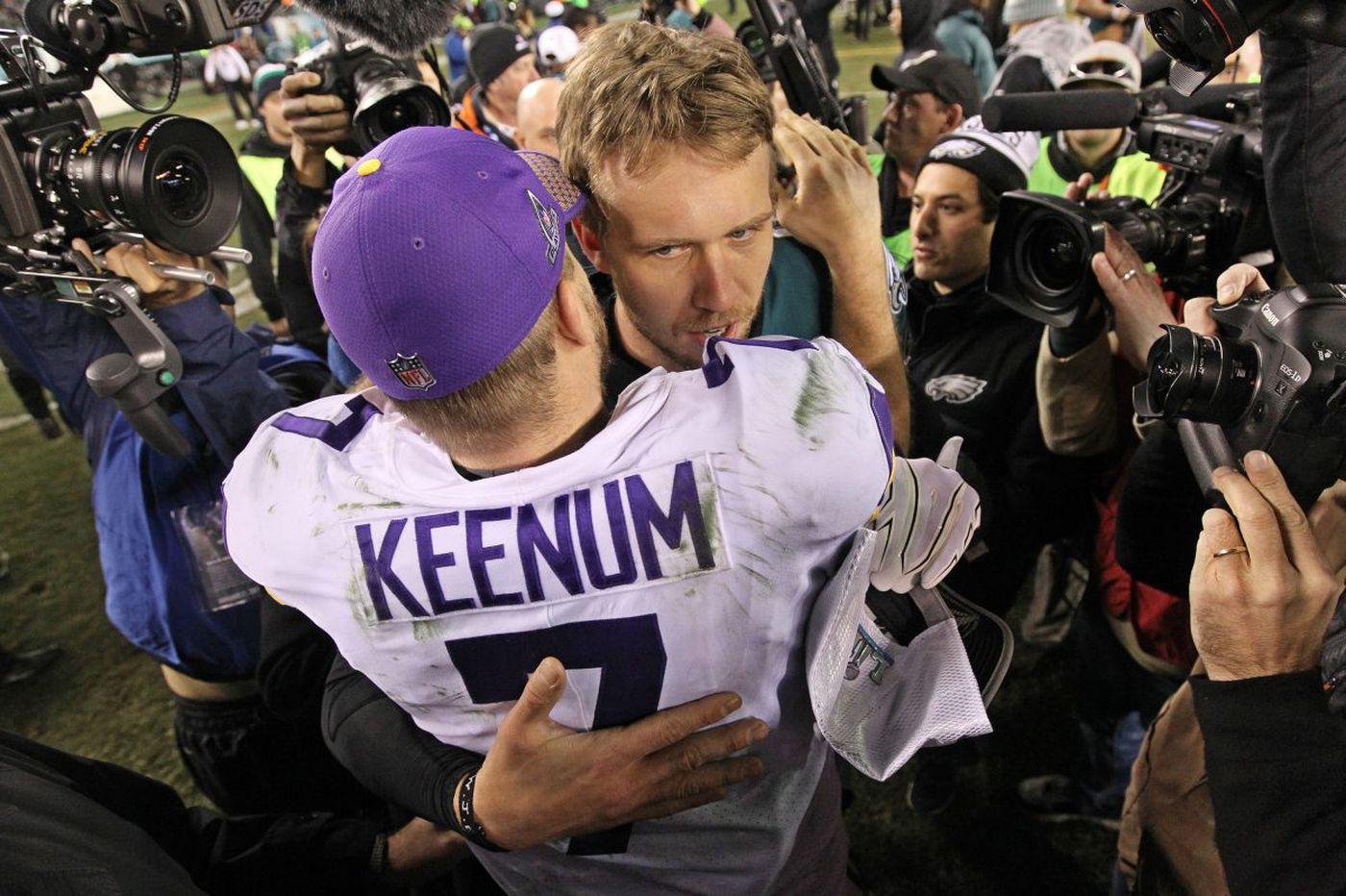 Nick Foles and Eagles throw Vikings overboard, wing their way to the Super Bowl