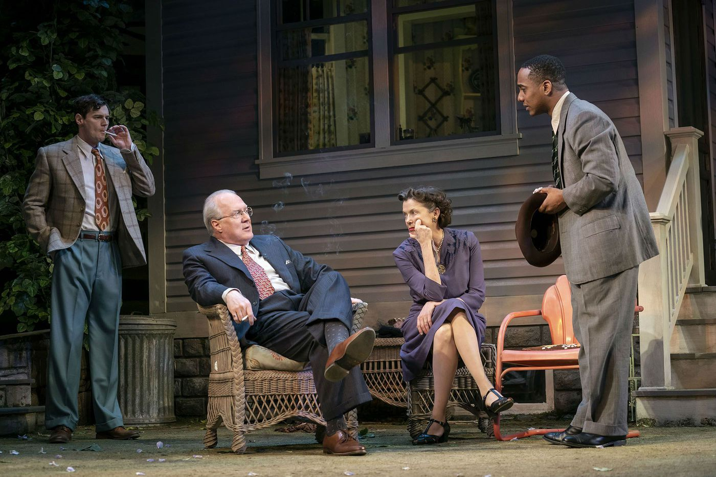 New York Theater: 'All My Sons' at Roundabout Theatre Company is solid, satisfying, devastating