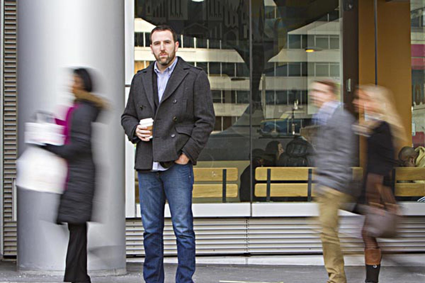 Pickpockets busy in Center City coffee shops and restaurants