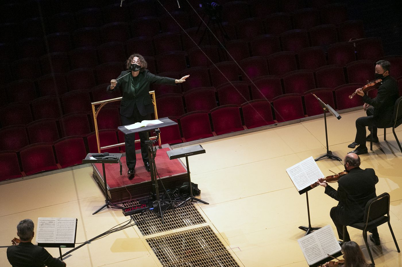 New Philadelphia Orchestra conductor Nathalie Stutzmann says it's a good time for women on the podium. And yet...