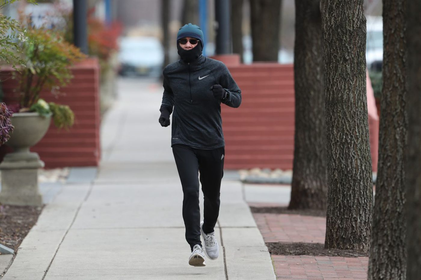 How to survive Philly's freezing temperatures this weekend