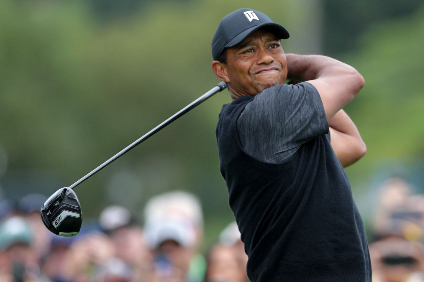 Tiger Woods can't keep up early success, fades in third round of BMW Championship