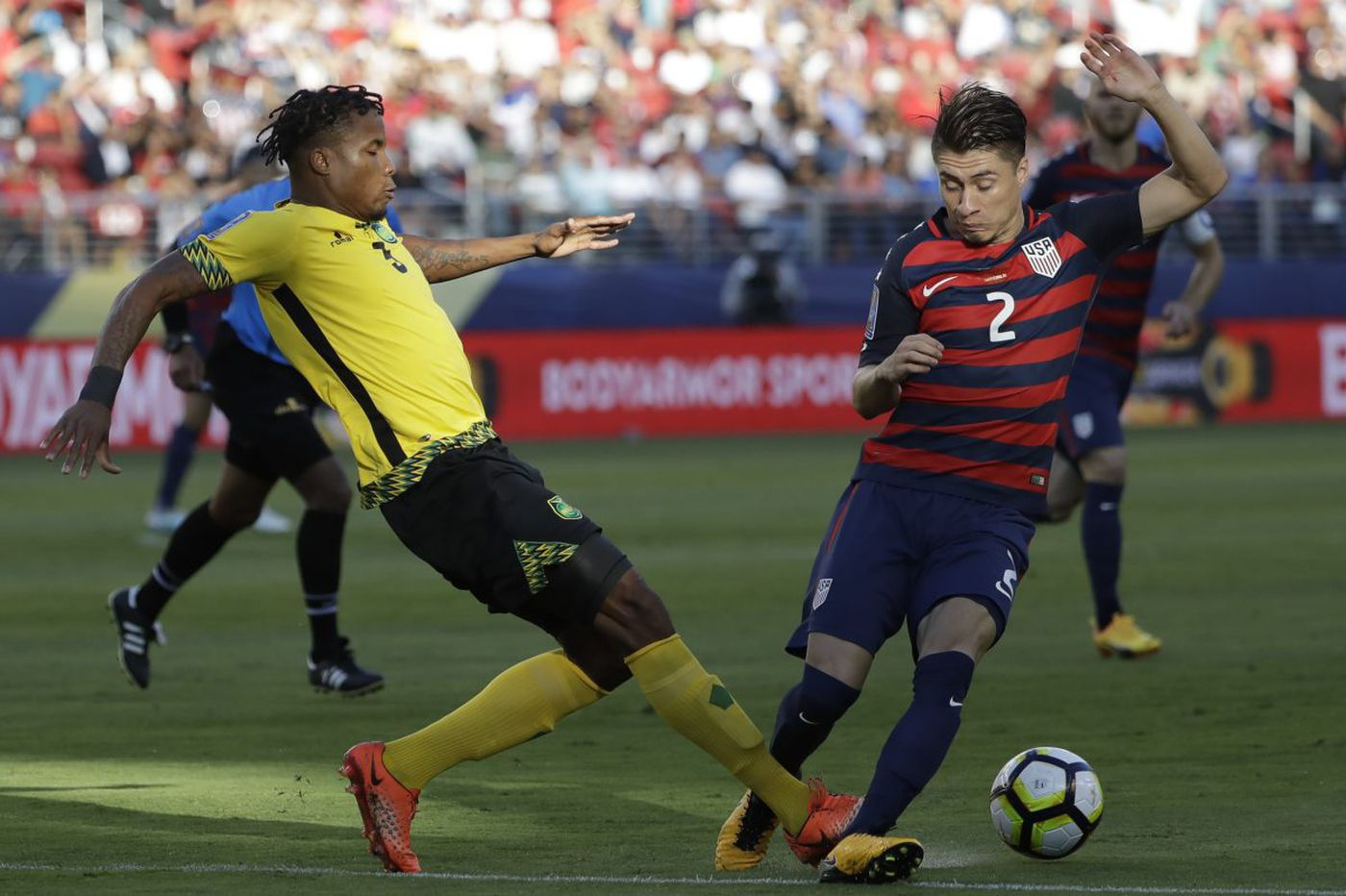 Jorge Villafaña happy to help U.S. soccer team after Mexican title, gunpoint robbery