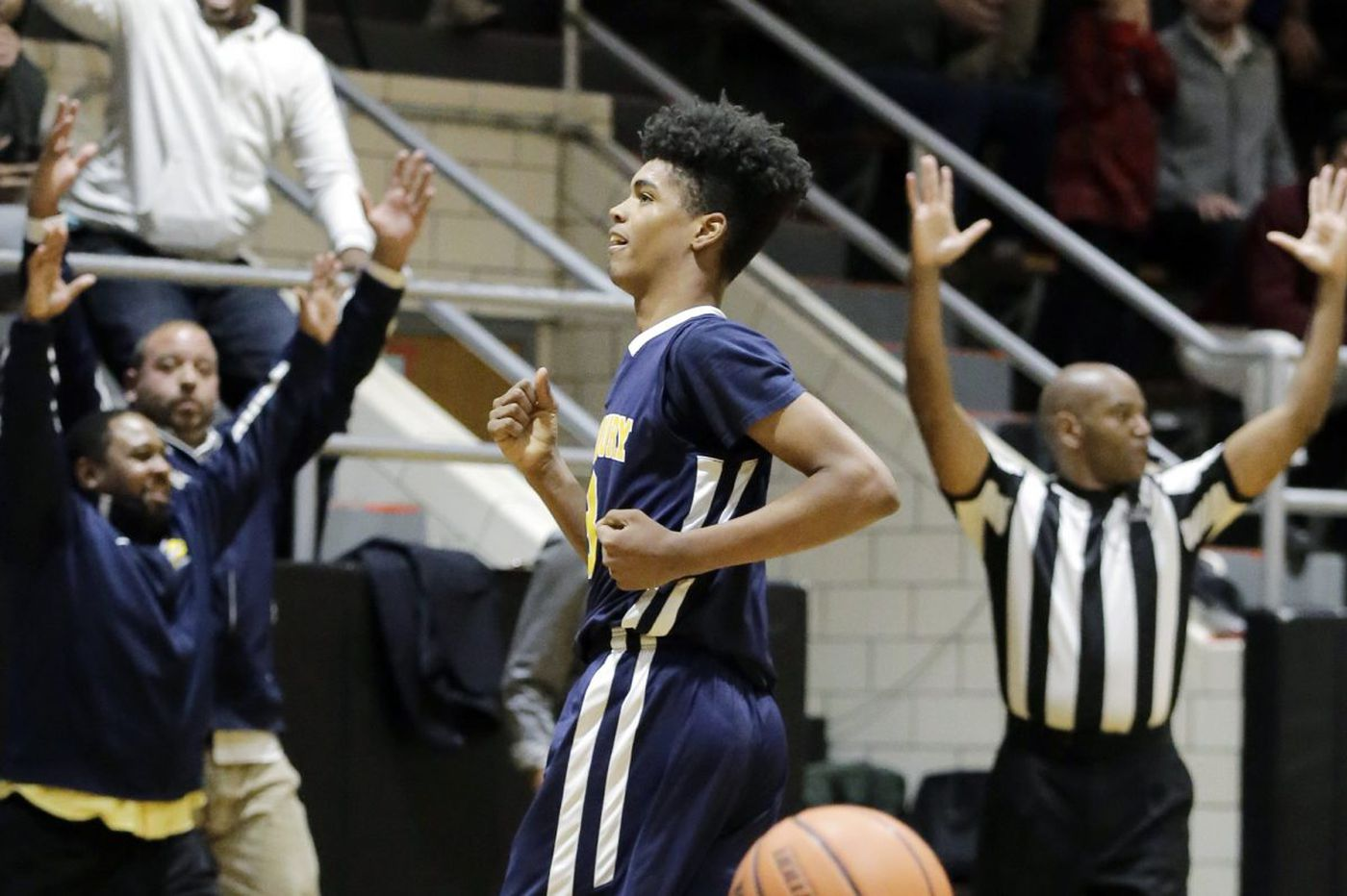 Friday's S.J. roundup: Freshman Marianna Papazoglou's all-around performance helped Wildwood Catholic girls' basketball beat Pleasantville