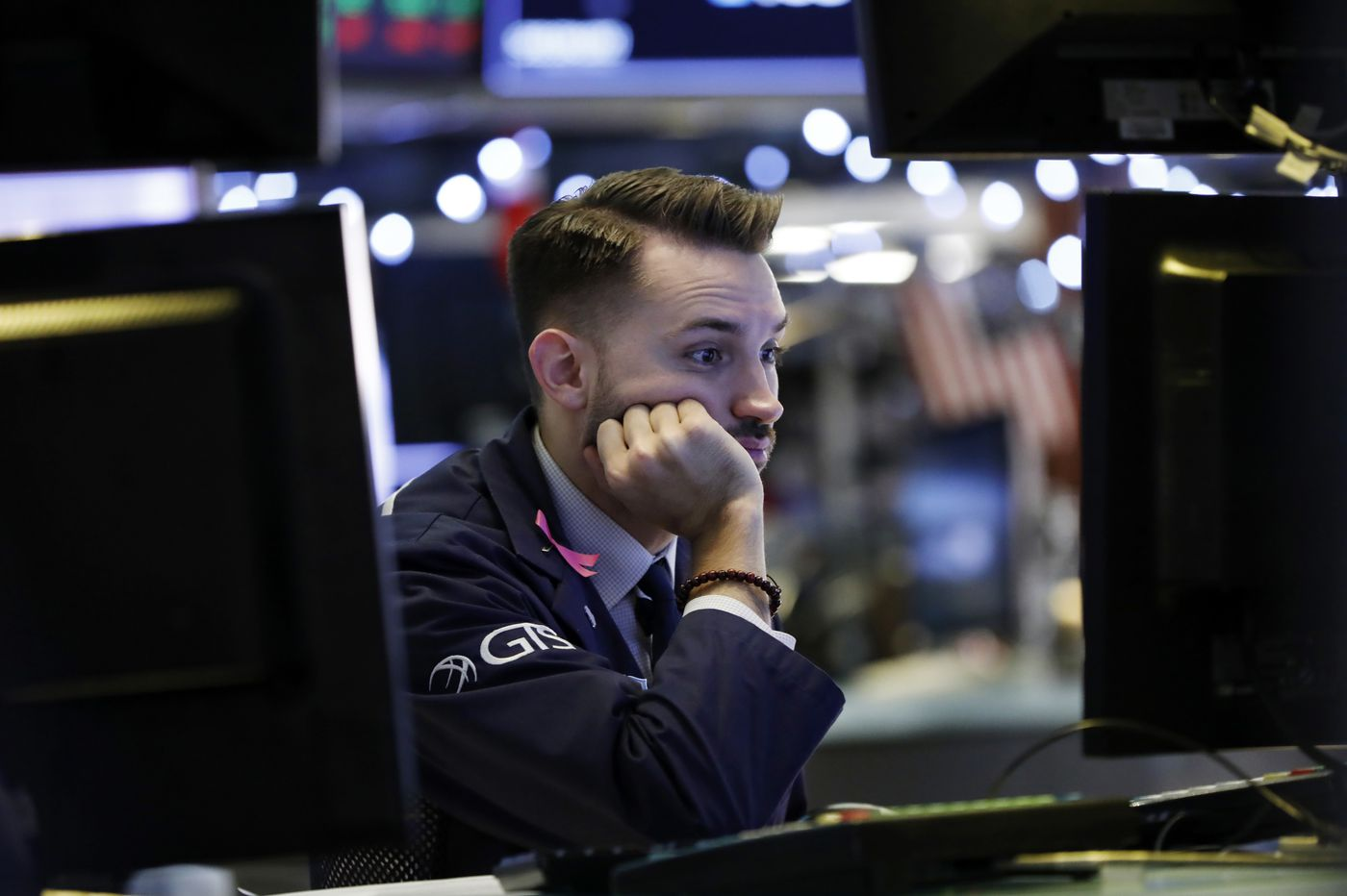 US stocks stage big rally, erase 600 point drop in Dow