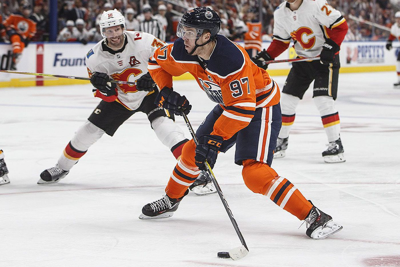 Flyers face challenge from Connor McDavid, slow-starting Oilers