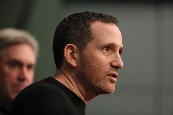 Howie Roseman defends Eagles' new medical staff after injury-marred season