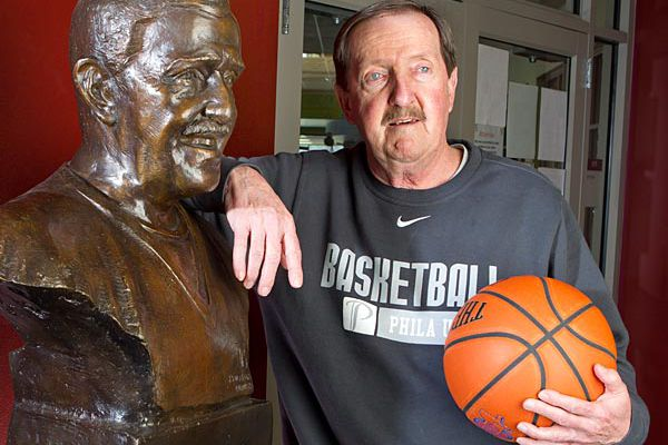 Herb Magee, already at the mountaintop, keeps climbing on Henry Avenue | Mike Jensen